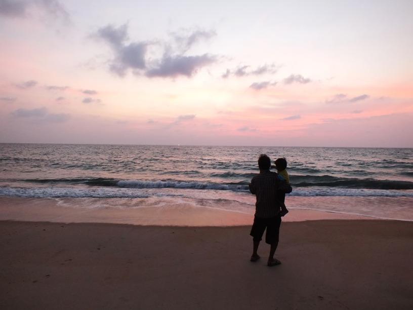 หาดไม้ขาว เต่ามะเฟือง และเฒ่าทะเลใจอารี